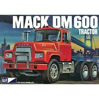 MPC Mack DM600 tractor 1/25 scale truck model kit new 859