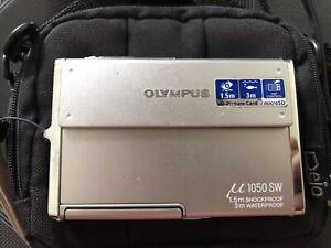 Olympus 1050 SW silver Waterproof Digital Camera
