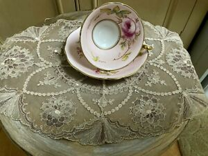 Very Interesting Old Lace Doily / Beige Tray Cloth - Vintage Linens
