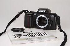 Nikon F601 SLR Gehäuse #2445932 mit Anleitung