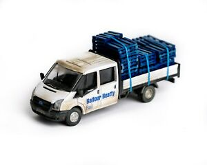 Oxford Diecast 76TPU005 Ford Transit Dropside - Balfour Beatty with Pallet Load