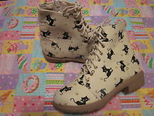 Cutie cat canvas fabric shoes mocha color