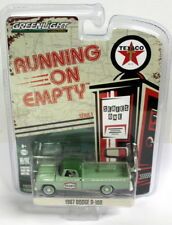 Greenlight 1/64 Scale Texaco 1967 Dodge D-100 Green Pick-up Diecast model car