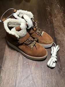 NEW COACH Women's Urban Hiker Suede Ankle Winter Boots Tan, Sz. 8B
