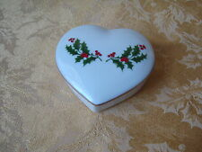 Vintage Japan Porcelain Christmas Holly Trinket Box Heart Shape Date 1988