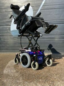 QUICKIE SALSA M2 MINI 4MPH ELECTRIC MOBILITY WHEELCHAIR POWERCHAIR SCOOTER CHAIR