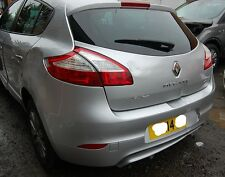 REAR BUMPER WITH REVERSE SENSORS  SILVER Renault Megane 2014 1.5L DCI