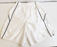 New basketball work out athletic shorts White & Black large