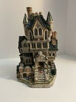 David Winter's Cottages Haunted House 4276 Of 4900