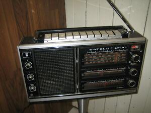 Grundig Satellit 2100 Radio Recorder Ghettoblaster Weltempfänger vintage HiFi