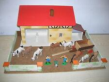 Alter Bauernhof mit ELASTOLIN Hausser Figuren - 70er Jahre