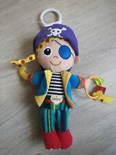 Spielzeug - Baby - Greifling Kinderwagen - Lamaze - Pirat - ab 3 Monate