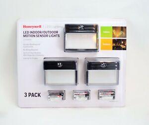 Honeywell Battery LED Indoor/Outdoor Motion Sensor Wall Lights (3 Pack) - NEW