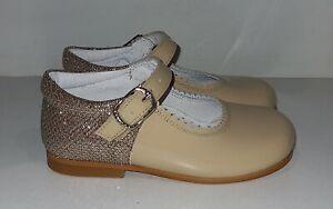 Bambi Mary Jane Shoe, Patent Leather / Glitter, Camel, Size 21