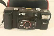 ARGUS C-200, vintage, 35mm camera. (ref D 457)