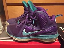 Lebron 9 Summit Lkae Hornets Mens shoe size 9 8.5/10 condition