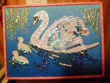 Pour décoration, Tableau paillettes Art Sequin : CYGNE (réalisé).