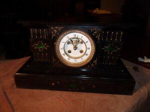 Nice Antique Ornate Medaille de Bronze L Marti Mantel Clock