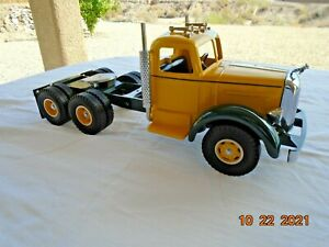 SMITH MILLER LF MACK TRUCK IN YELLOW WITH PAINTED WHEELS    NEW  IN BOX