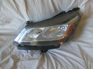 OEM 2013-17 CHEVROLET TRAVERSE DRIVER SIDE HEADLIGHT.