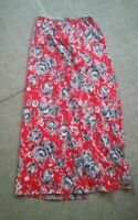 015 Vintage Womens Red Floral Skirt Roses