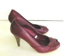 Women's  size 7 Cherry/ Burgundi Genuine Leather Peep-toe Shoes  Heels  Mossimo