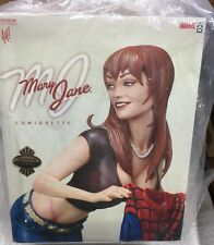 SIDESHOW EXCLUSIVE MARY JANE COMIQUETTE 271/2000 ADAM HUGHES NEW