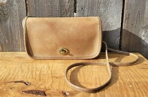 VTG COACH Made in New York Dinky Crossbody Tan/Taupe Leather Shoulder Bag