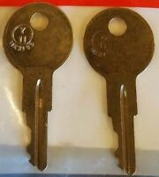 3451-3700 2-Replacement Keys For Master #1 Padlock Lock No.3 /& 7 Cut To Key Code