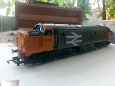 Hornby oo gauge class 37 Railfreight livery. Good condition.