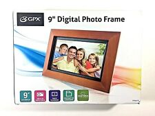 """GPX 9"""" DIGITAL PHOTO FRAME With USB & SD Ports Slideshow Walnut Frame PF903CW"""