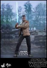 HOT TOYS Star Wars VII The Force Awakens Finn 1/6 Figure
