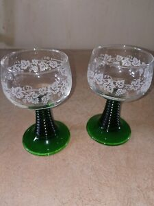 German Roemer Green Beehive Wine Stem Clear 4oz Glass Bowl w/ Etched Grapes