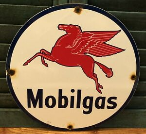 VINTAGE MOBILGAS GASOLINE MOTOR OIL PORCELAIN ENAMEL GAS PUMP ADVERTISE SIGN