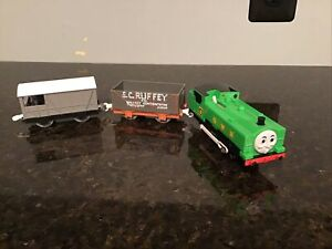 Thomas & Friends TRACKMASTER DUCK WITH S.C RUFFEY CAR AND TOAD SET MOTORIZED