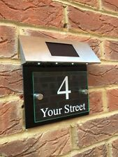 MODERN HOUSE SIGN PLAQUE DOOR NUMBER STREET BLACK / GLASS EFFECT LED SOLAR LIGHT