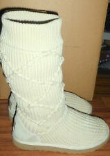WOMENS UGG AUSTRALIA 5879 CLASSIC CARDY ARGYLE KNIT IVORY COLOR BOOTS SIZE 8