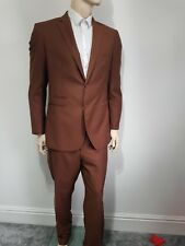 Mens Voeut Slim Fit Tan Brown 2pc Suit. Size 46R. Prom Wedding and All Occasions