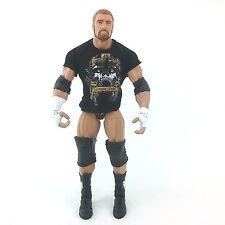 RARE Mattel Elite Series Triple H Toys R Us Exclusive WWE Wrestling Figure 2011
