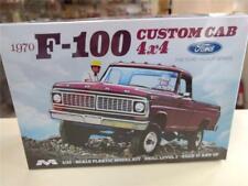 Moebius 1230 1970 F-100 Custom Cab 4x4 model kit