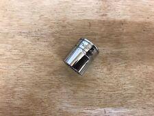 "NEW-2012 Snap-On Tools 3/8"" Drive 12pt 11/16"" SAE Shallow Chrome Socket USA F221"