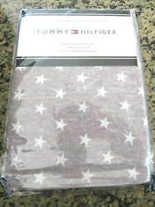 Tommy Hilfiger Two (2) Standard Pillowcases Gray Stars