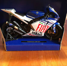 NewRay 1:12 Scale Die-Cast YAMAHA YZR M1 Classic Collection Motorcycle Model