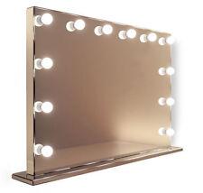 Miroirs sur pied blanc pour la décoration intérieure