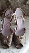 Sandalen mit Tasche