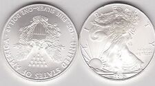 USA 1 OUNCE EAGLE 2010 SILVER DOLLAR IN NEAR MINT CONDITION