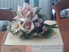 Porcellana Capodimonte Carusio: grande boquet fiori