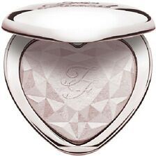Too Faced Love Light Prismatic Highlighter 9g - Blinded By The Light
