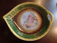 Cico Bavaria Germany Teardrop Porcelain Bowl/Candy dish Gold Trim #4398
