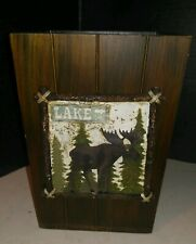 COUNTRY LAKE COTTAGE TRASH CAN WASTE BASKET (w/MOOSE PLAQUE)